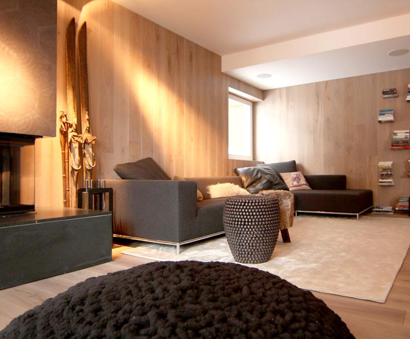 Die Modern Ausgebaute Wohnung In Einem Traditionellem Haus Wird Treffpunkt  Und Erholungsort Für Familie Und Gäste. Gewünscht Waren Warme Naturtöne Und  ...